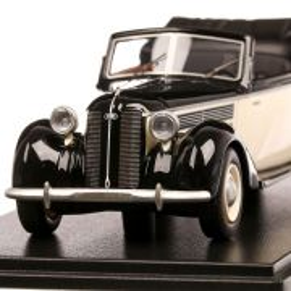 Audi 920 Convertible 1939, macheta auto, scara 1:43, alb cu negru, Neo