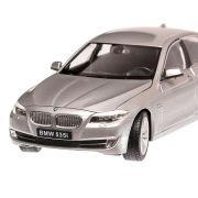 BMW 535i (F10) 2010, macheta auto, scara 1:24, argintiu, Welly