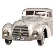 Mercedes-Benz 540K (W29) streamline car 1938, macheta auto, scara 1:18, argintiu, Bos-Models