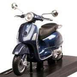 Vespa Gran Turismo 2003, macheta motocicleta, scara 1:18, albastru metalizat, Maisto