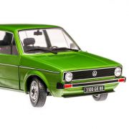 Volkswagen Golf 1 (L)  1983, macheta auto scara 1:18, verde, window box, Solido