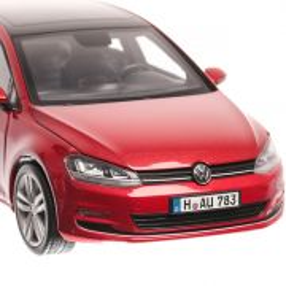 Volkswagen Golf 7 2013, macheta auto,  scara 1:18, rosu, Norev