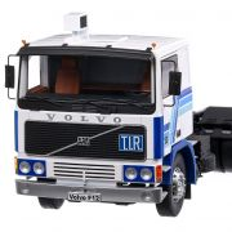 Volvo F12 1981, macheta cap tractor scara 1:18, alb cu albastru, Road Kings