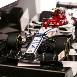 Alfa Romeo Racing F1 C38 #99 Antonio Giovinazzi 2019, macheta auto, scara 1:43, alb cu rosu si negru, Minichamps