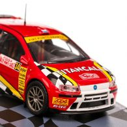 Colectia Raliul Monte Carlo Nr. 54 - Fiat Punto S1600 2004 - macheta54