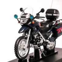 BMW F650 GS Carabinieri 1999, macheta motocicleta scara 1:24, albastru inchis, Magazine Models