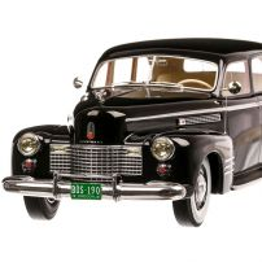 Cadillac Fleetwood 75 Touring Sedan 1941, macheta  auto, scara 1:18, negru, BoS-Models