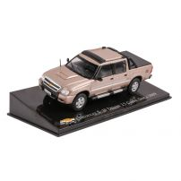 Chevrolet S-10 DeLuxe 2.5 pick-up 2009 scara 1:43 auriu