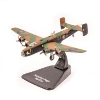 Handley Page Halifax, verde, macheta avion scara 1:144 - Bombers of WWII
