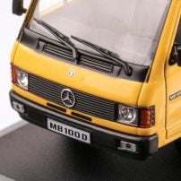 Mercedes-Benz MB 100 D 1988, macheta auto scara 1:43, galben, carcasa plexic, Magazine models