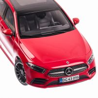 Mercedes-Benz A-Klasse 2018, macheta auto scara 1:18, rosu, window box, Norev