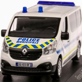 Renault Trafic Police Municipale 2014, macheta  autospeciala, scara 1:43, alb cu albastru, Norev