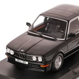 BMW M535i 1980, macheta auto scara 1:18, negru, window box, Norev