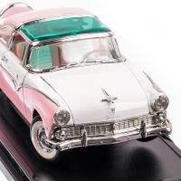 Ford Fairlaine Crown Victoria 1955, macheta auto scara 1:18, roz, window box, Lucky Die Cast