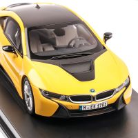 BMW i8 2017, macheta auto scara 1:18, speed yellow, Paragon
