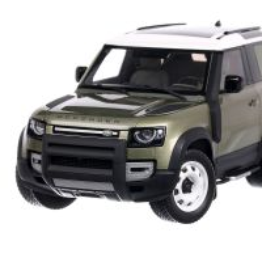 Land Rover Defender 90 2020, macheta suv scara 1:18, verde, Almost Real