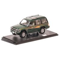 Mitsubishi Pajero Long 3.5 V6 1998, macheta auto scara 1:18, verde metalizat, window box, Sun Star